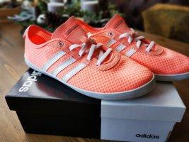 Adidas NEO Basket à lacet saumon