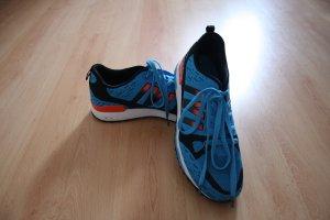 Sneaker blau/ orange von artic north