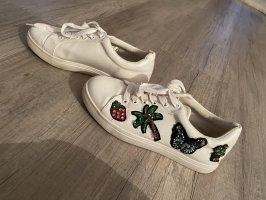 Sneaker bunt applikation weiß