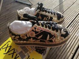 Sneaker Gr38 xyxyx