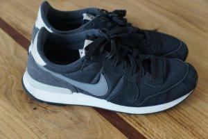 Sneaker INTERNATIONALIST