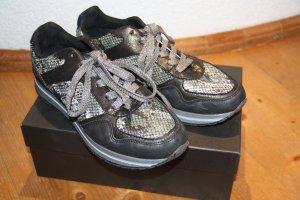 Sneaker mit Schlangenprint schwarz - grau