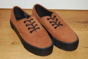 Sneaker Monki