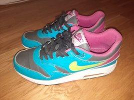 Sneaker Nike Air Neuwertig