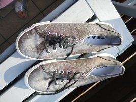 Sneaker Silberf. Von Fila Gr. 39