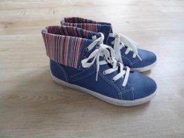 Sneaker Turnschuhe Bloggerstyle