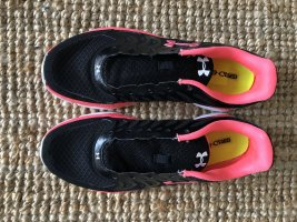 Sneaker Under Armour 40,5