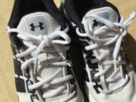 Sneaker Under Armour Größe 42 weiß / schwarz