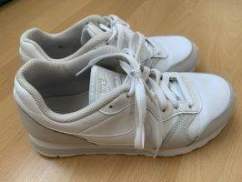 Sneaker von Nike, weiß, Gr. 38 (37), neu