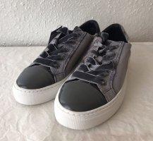 Sneaker von Pavement