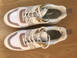 "Sneaker, weiß-camelfarben, Gr. 37 ""Uterqüe"""
