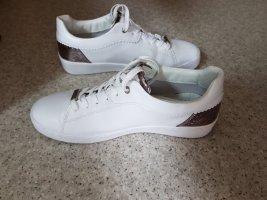 Bugatti Lace-Up Sneaker white