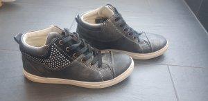 Sneakers Gr. 39