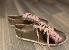 Sneakers in der Größe 41