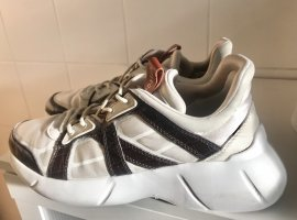 Uterqüe Lace-Up Sneaker natural white-brown