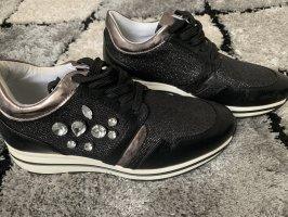 Sneakers mit Steine