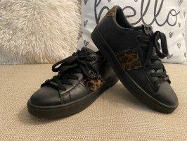 Sneakers OMG