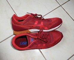 Asics Basket à lacet rouge carmin-bordeau