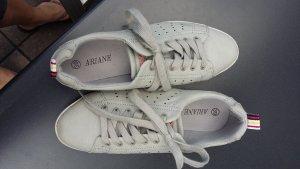 Ariane Sneakers met veters lichtgrijs