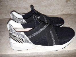Maripé Slip-on Sneakers black