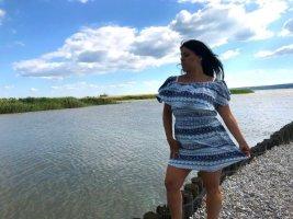 Sommer Kleid Carmen Ausschnitt 38/40 mit Gürtel