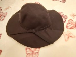 Sombrero de ala ancha negro