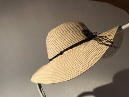 Sombrero de ala ancha crema