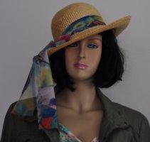 Chapeau de paille brun sable