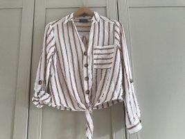 Sommerliche Bluse mit Knoten Detail