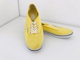 Sommerliche gelbe Vans
