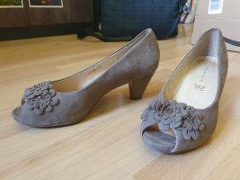 5th Avenue Peep Toe Pumps grey brown