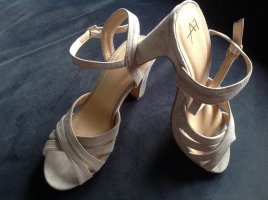 Sommerliche Sandale, Gr. 37
