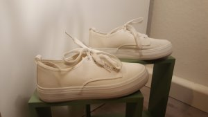 Sommerliche Sneaker
