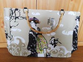 Sommerliche Tasche im asiatischen Design neu, mit Etikett