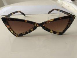 Glasses black brown