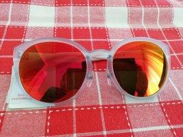 Sonnenbrille Benetton, neu mit Etikett