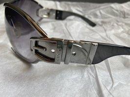 Gucci Oval Sunglasses black