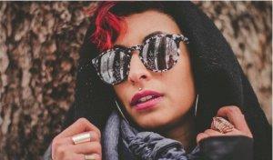 Sonnenbrille Marke Spotsnapr Modell Shug Farbe Chrome Stone WIE NEU