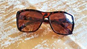 Owalne okulary przeciwsłoneczne brązowy-czarny