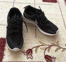 Adidas Sznurowane trampki czarny-biały