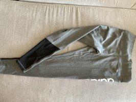 Sporthose Adidas grau