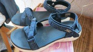 sportliche Skechers Sandalen