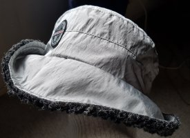 Luhta Sombrero de lluvia color plata-gris oscuro
