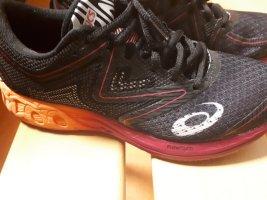 Asics Basket à lacet noir-rose