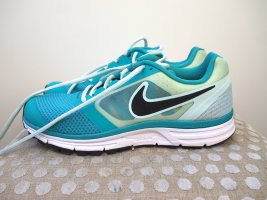 Sportschuhe von Nike