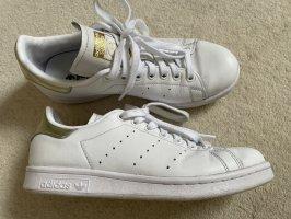 Stan Smith von Adidas mit Gold in Gr. 38