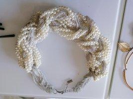 Collier incrusté de pierres blanc