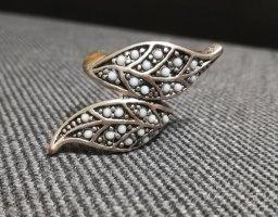 Zdobiony pierścionek srebrny-jasnoniebieski