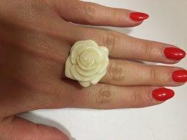 Statement Ring Rose beige