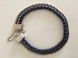 Statementkette in silber mit blauen Perlen